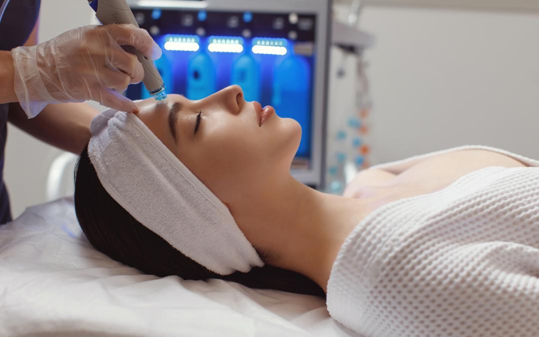 Le soin hydrafacial : une technique révolutionnaire pour une belle peau.